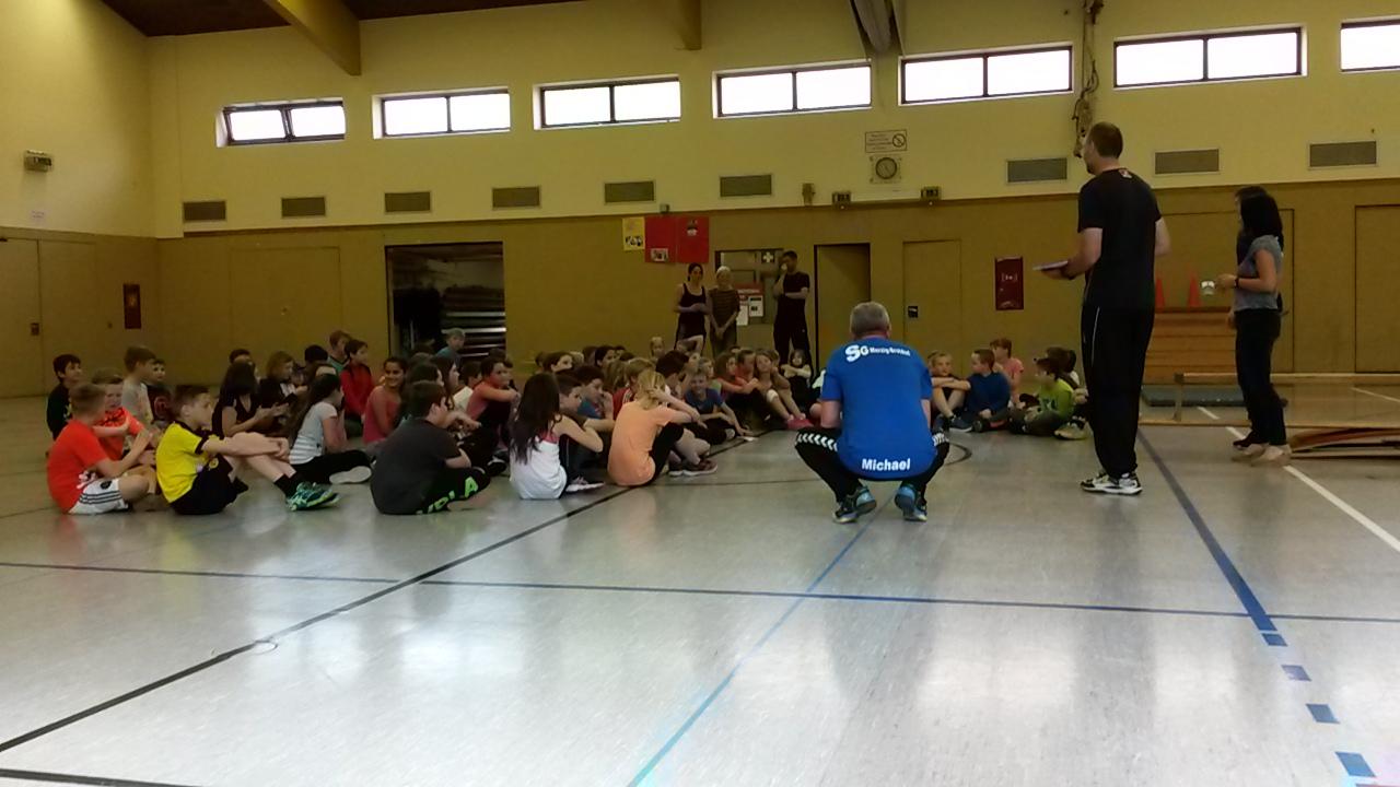 ETHC: Training mit Blacky im Rahmen der Pressekonferenz ! | HSV ...